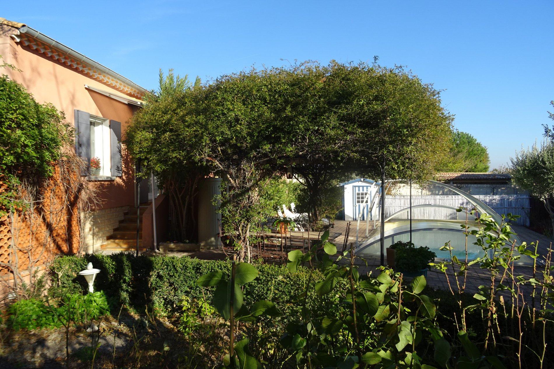 Annonce vente maison ch teauneuf de gadagne 84470 101 for Chateauneuf de gadagne piscine